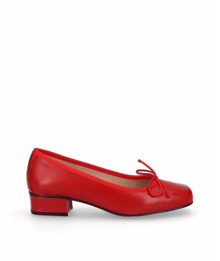 Zapato bailarina tacón piel roja