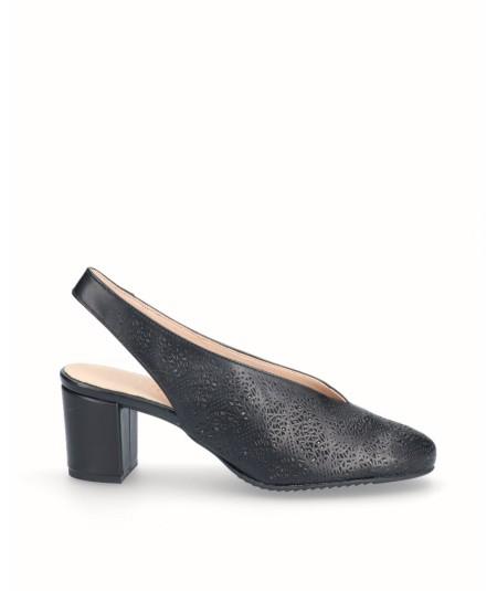 Zapato tacón destalonado picado piel negro