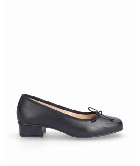 Zapato bailarina tacón piel negra