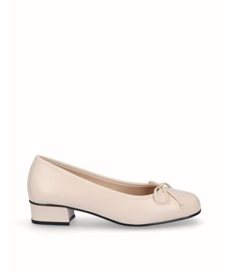 Zapato bailarina tacón piel beig
