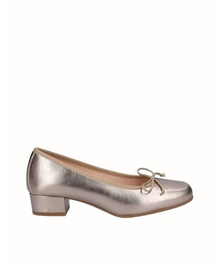 Bronze leather ballerina shoe