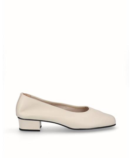 Zapato salón tacón piel beig