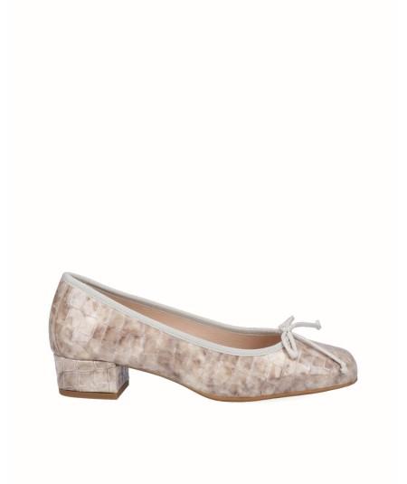Gray snake engraved patent leather ballerina shoe