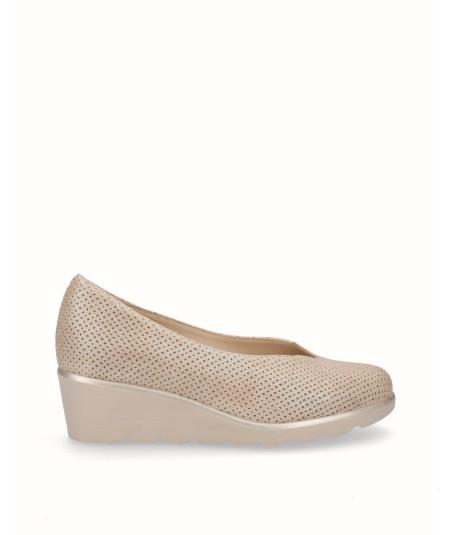 Zapato cuña piel picada fantasia astana beig crema