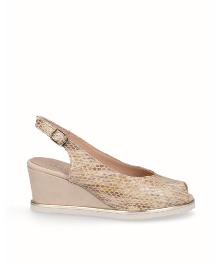 Zapato peep toes cuña salón piel grabado serpiente amarillo