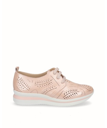 Zapato deportivo piel nacarada rosa