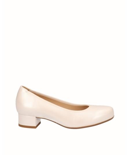 Zapato tacón salón piel nacarada blanco