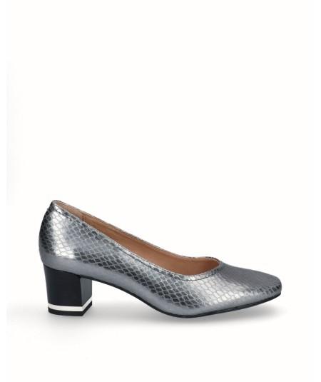 Old silver fancy leather high heel shoe