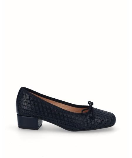Zapato bailarina piel picado azul marino