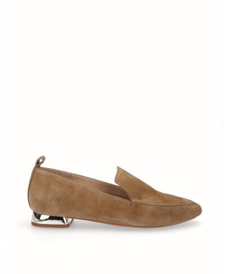 Flat camel split leather moccasin shoe