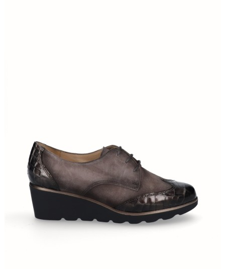 Suede leather wedge blucher shoe combined gray snake engraved patent leather